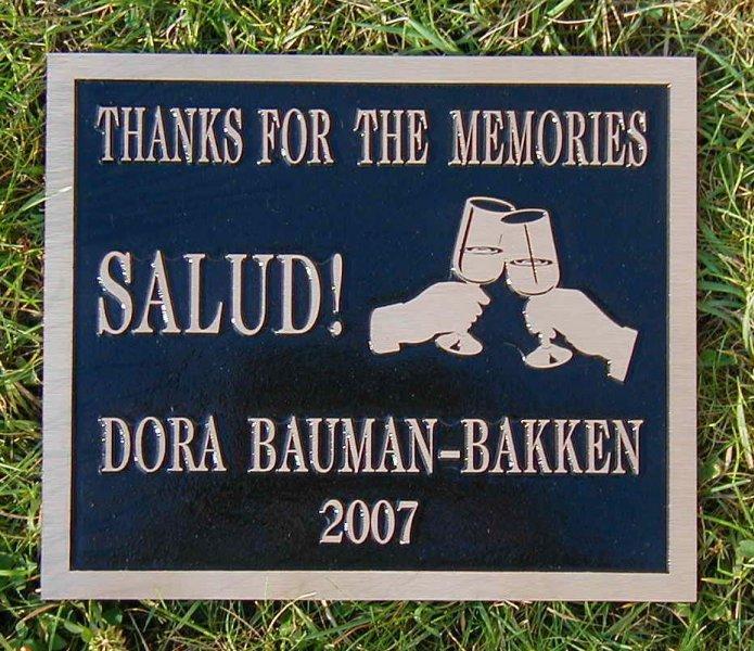 memorial-bronze-salud