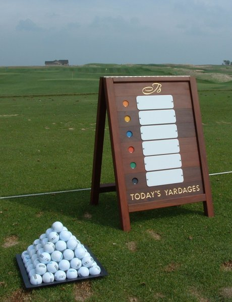 wood-a-frame-with-yardages