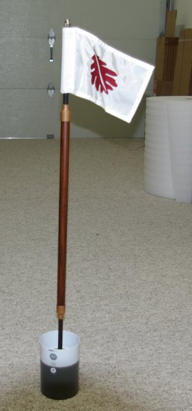 wood-practice-green-flagstick-with-flag